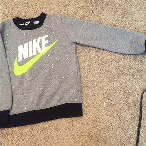 Nike Sweatshirt Size 4-5